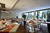 Modernes Restaurant in Budapest im Design Hotel Lanchid 19